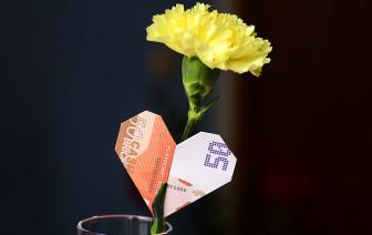 Geldscheine falten Anleitung Herz