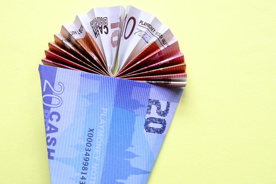 Geldscheine falten Schultüte