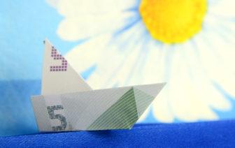 Geldscheine falten Schiff schnell