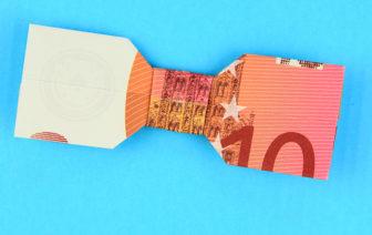 Geldscheine falten Anleitung Fliege