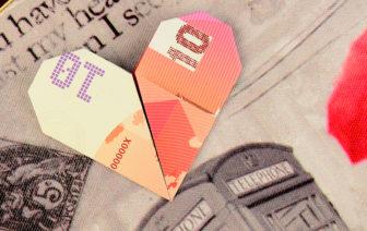 Geldscheine falten Herz